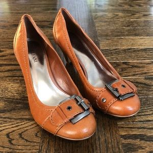 🔥5 for $25 Alfani Caramel Metallic Buckle Heels